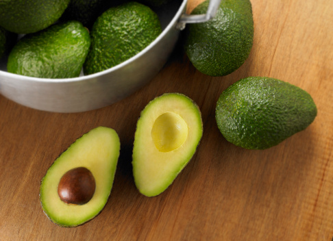 How to Grow Avocados in Cold Weather