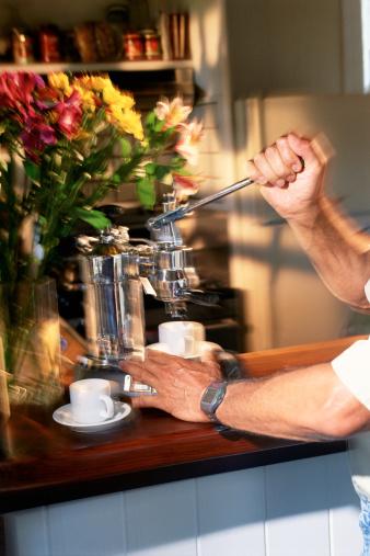How to Unclog an Espresso Machine