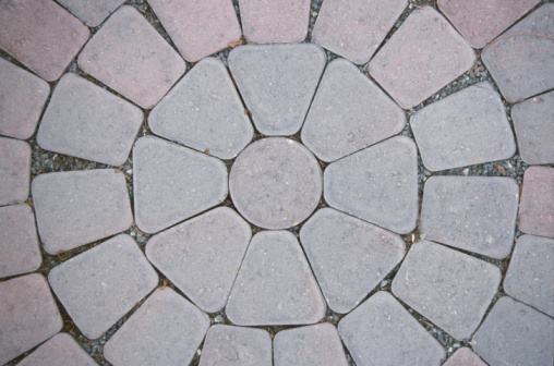 How to Lay a Brick Circle