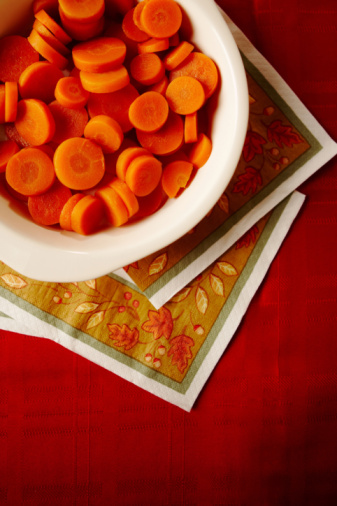 How to Remove Carrot Stains From Plastic