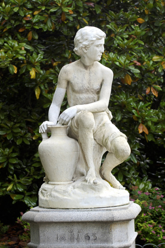 How to paint concrete statues hunker for How to clean off spray paint on concrete