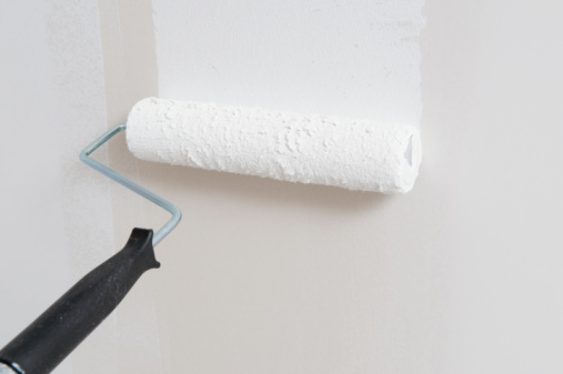 How to Add Drywall Mud to Paint
