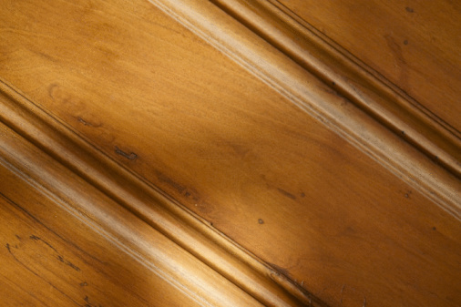 How to Restain Wood Baseboards