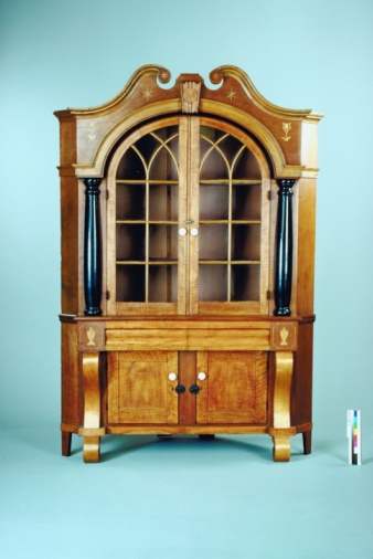 How To Repair Replace A Curio Cabinet Glass Hunker - Curio cabinet glass replacement