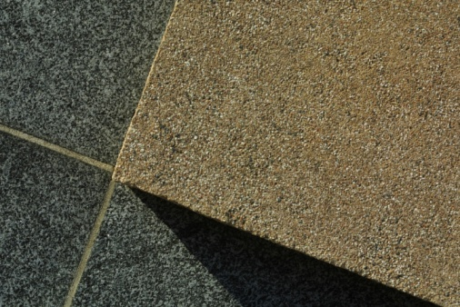 How to Remove Granite Tiles Without Breaking