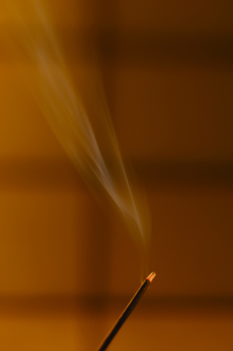 How to Use Incense to Cover the Smell of Cigarettes