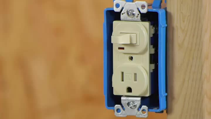 Video Converting a Light Switch to a SwitchOutlet Combo – Light Switch Outlet Combo Wiring