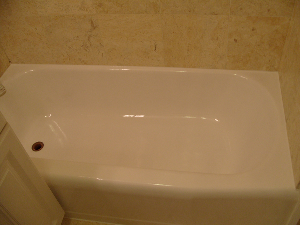 How much does it cost to install a bathtub with pictures for How much does it cost to install a bathtub liner