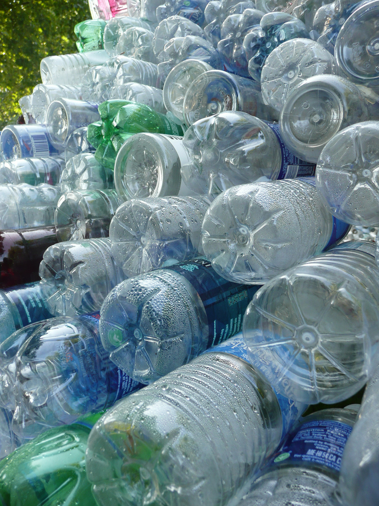 Craft ideas for empty plastic containers ehow - Plastic bottles recycling ideas boundless imagination ...