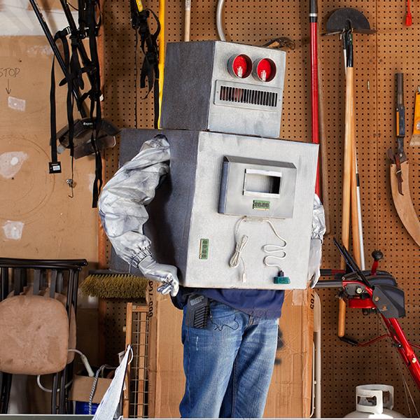 Make a Geeky, Interactive Halloween Robot Costume