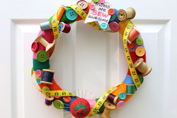 How to Make a Sewing Wreath