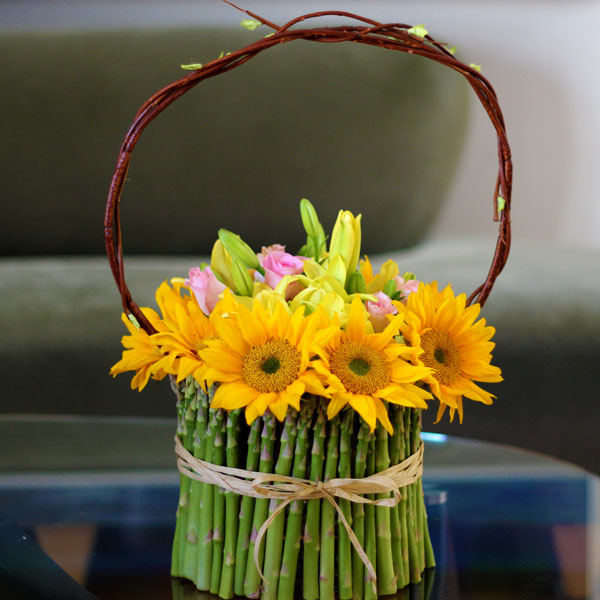 Spring Flowers: A Cheerful Floral Arrangement