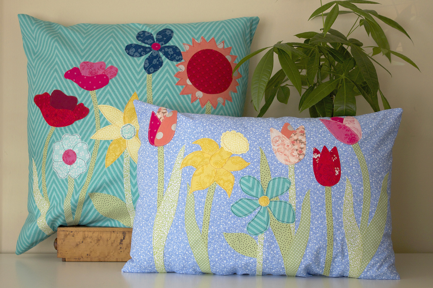 Scrappy Chic: Spring Flower Applique Pillow