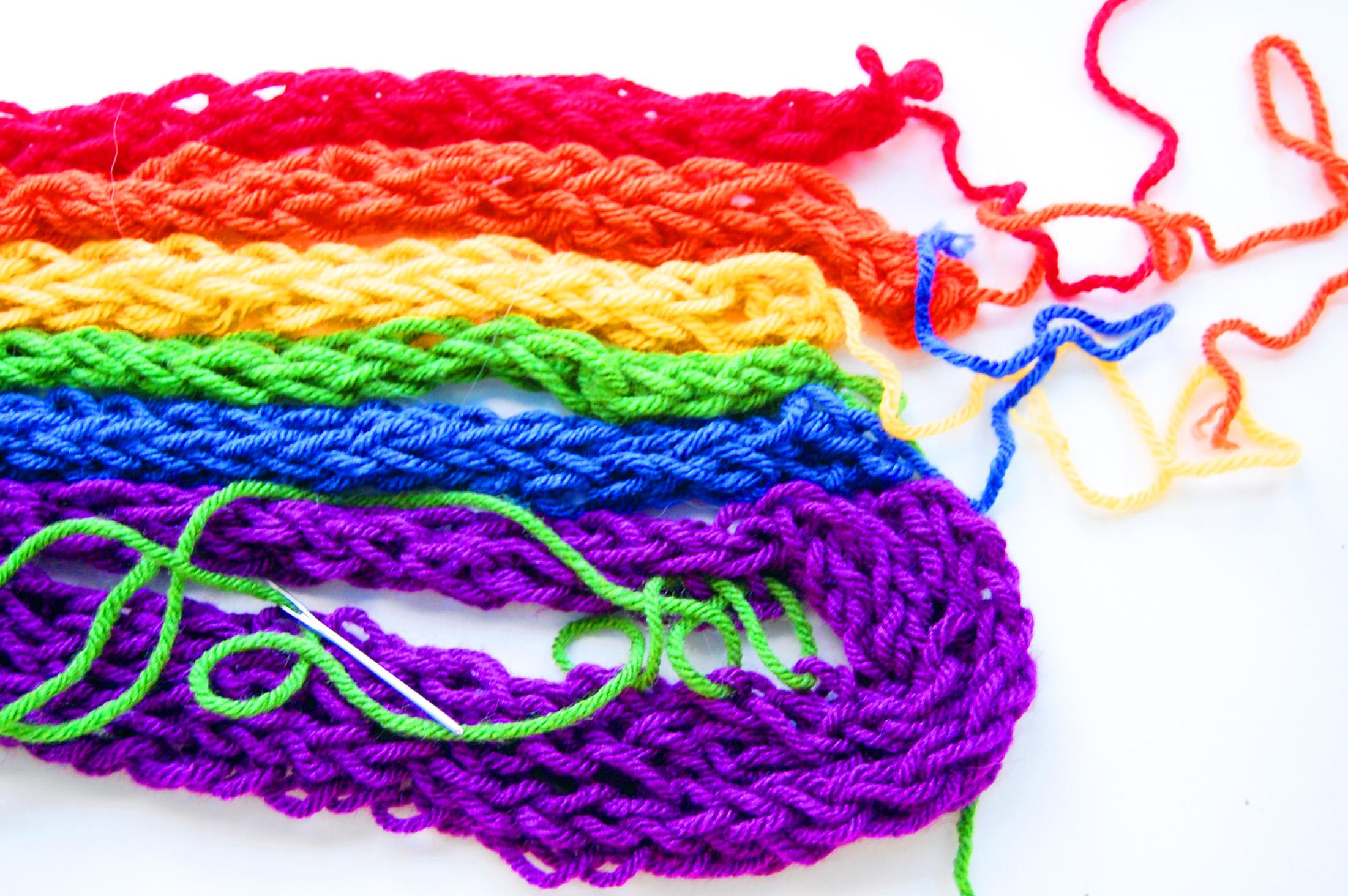 Finger Knitting Blanket : How to finger knit a hat for beginner ehow