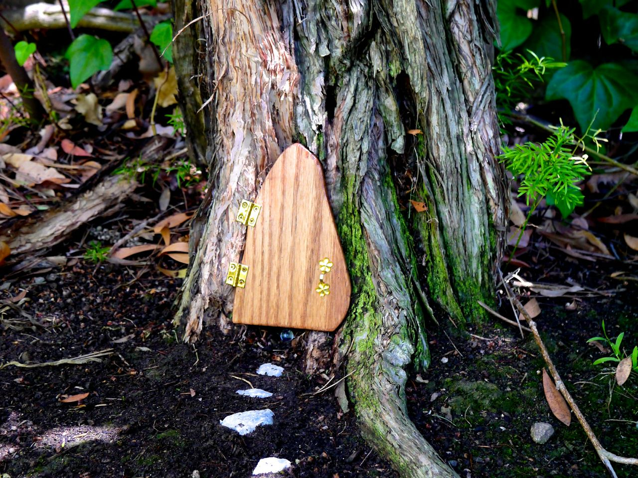 How to Make a Garden Fairy Door