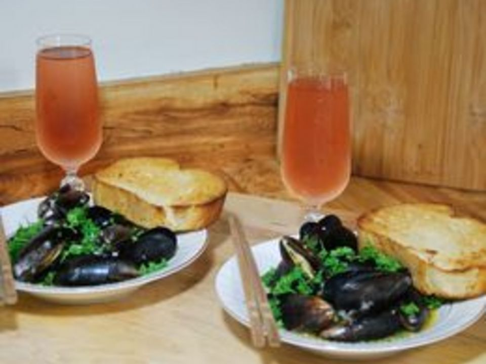 How to Prepare Frozen Mussels (with Pictures) | eHow