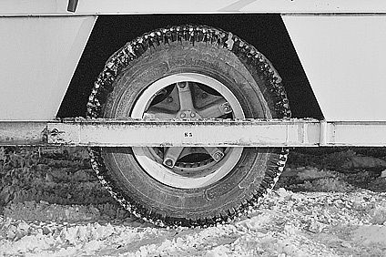 how to install tire chains it still runs your ultimate older auto resource. Black Bedroom Furniture Sets. Home Design Ideas