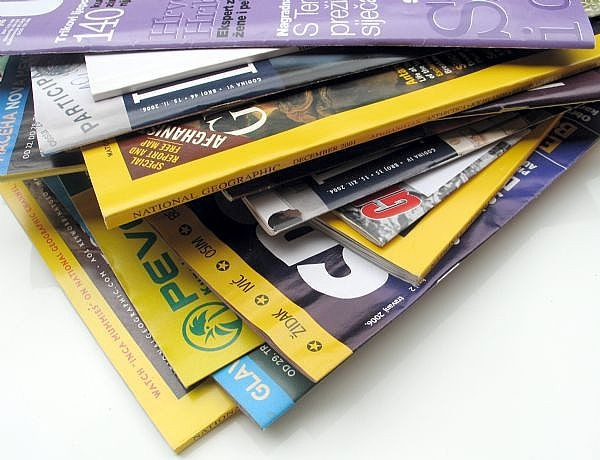 How to recycle paper for cash with pictures ehow for How to recycle old magazines