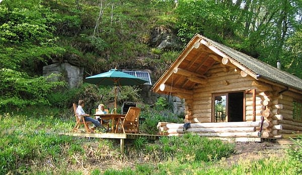 How to live off grid our everyday life for Self sufficient cabin kits