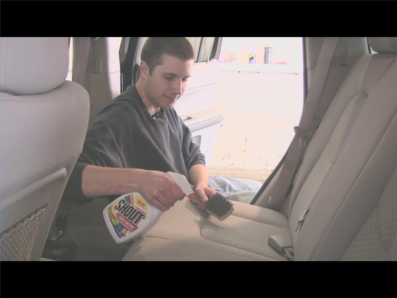 video how to clean ash soot on a car ehow. Black Bedroom Furniture Sets. Home Design Ideas
