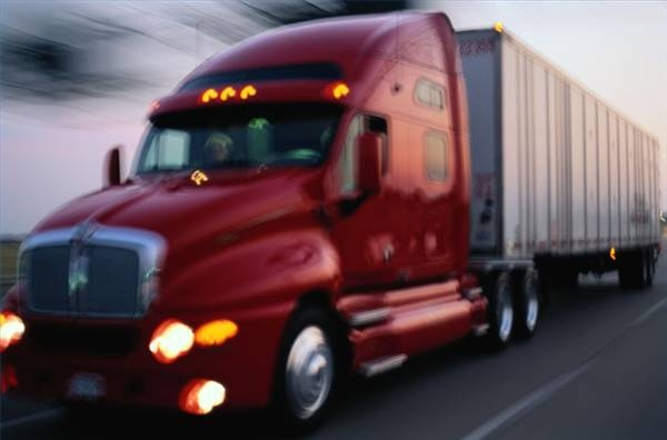 How to Calculate the Turning Radius of a Truck With a