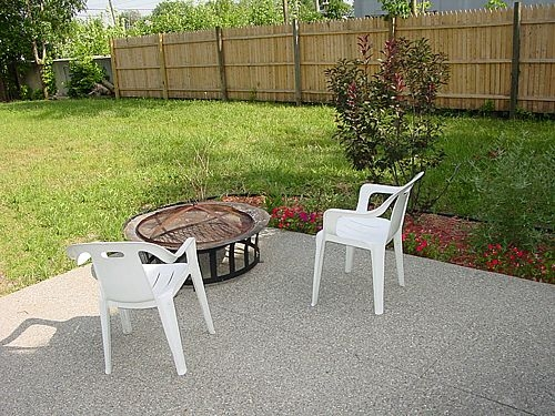 how to build a concrete patio slab canada