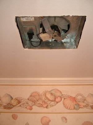 How To Dehumidify A Bathroom Without An Exhaust Fan Ehow