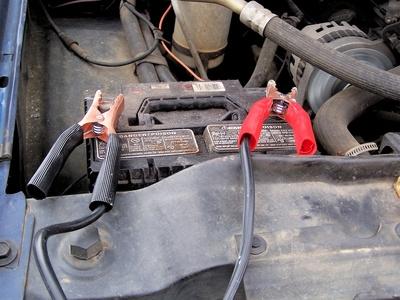 How to Jump-Start a Car With a Bad Alternator | It Still Runs