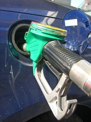 How to Reset a Fuel Inertia Switch   It Still Runs