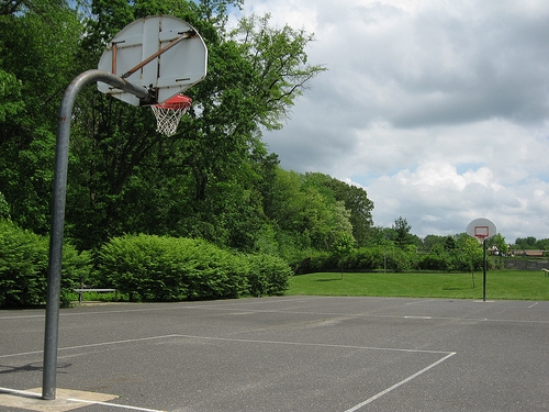 How to build a backyard basketball court healthfully for Building a basketball court