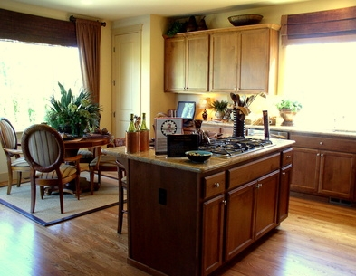 How to install kitchen peninsula cabinets without a wall for Ceiling mounted kitchen cabinets