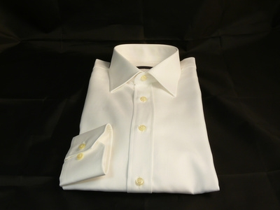 How to remove sweat stains from clothing ehow for How to remove underarm stains from shirts