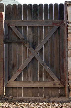 How To Build A Double Gate For A Wood Privacy Fence Ehow