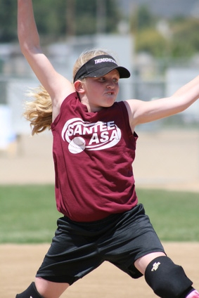 how to become a usssa softball umpire