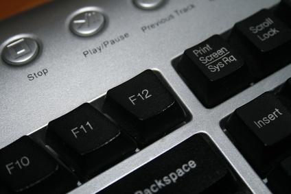 How to Install Microsoft Wireless Optical Desktop | It Still