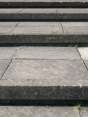 How to install concrete steps ehow for What temperature to pour concrete outside