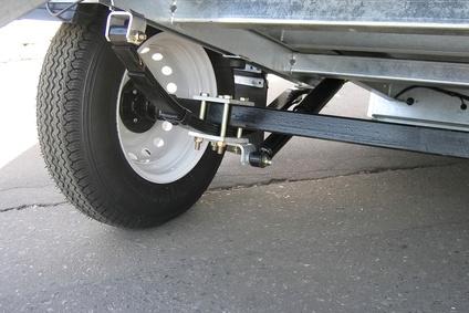 Symptoms of Drive Shaft Problems | It Still Runs