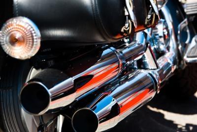 How to Drill Baffles on a Stock Harley Muffler | It Still Runs