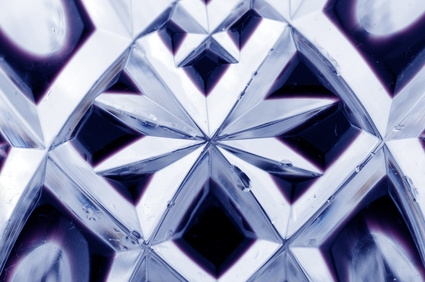 how to tell lead crystal from cut glass