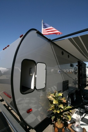 How to Repaint an Aluminum Camper