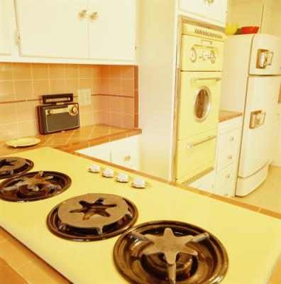 Traditional Flooring In The 1930s Kitchen With Pictures