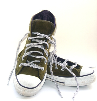 How To Clean Converse All Stars With Pictures Ehow