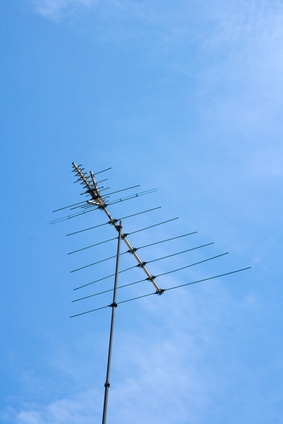 How to Install a Roof TV Antenna | It Still Works
