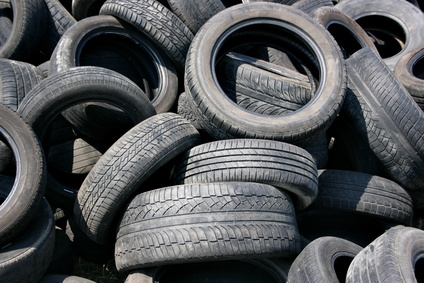 How to use old tires for decorating ehow for What can old tires be used for
