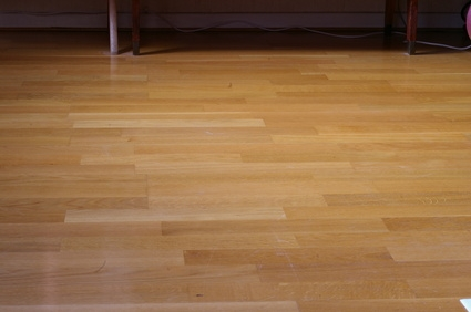 How To Lay New Laminated Floor Over Vinyl Ehow
