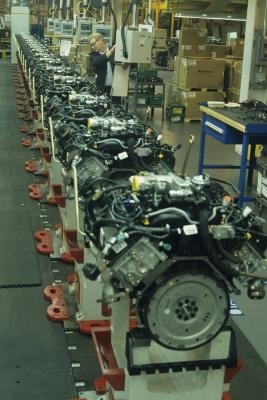 Specifications for HP & Torque on a Caterpillar 3176 Engine