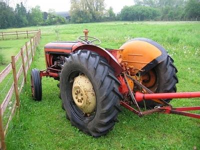 International B414 Tractor Specs | It Still Runs