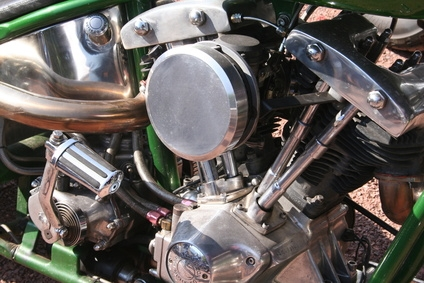 What Is the Difference Between a Panhead & a Shovelhead