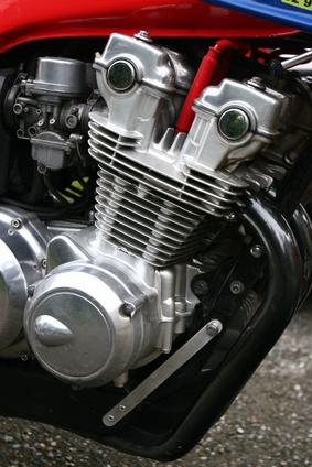 How to Adjust the Carburetor on a 1970 Honda Trail | It
