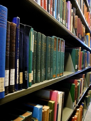 Write a bibliography for an essay